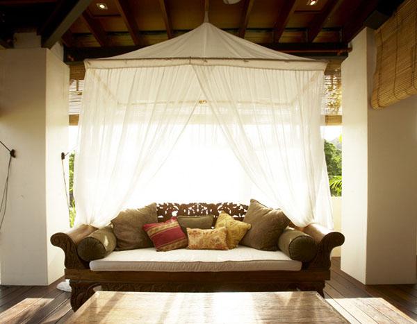 & Lotus House on Magnetic Island
